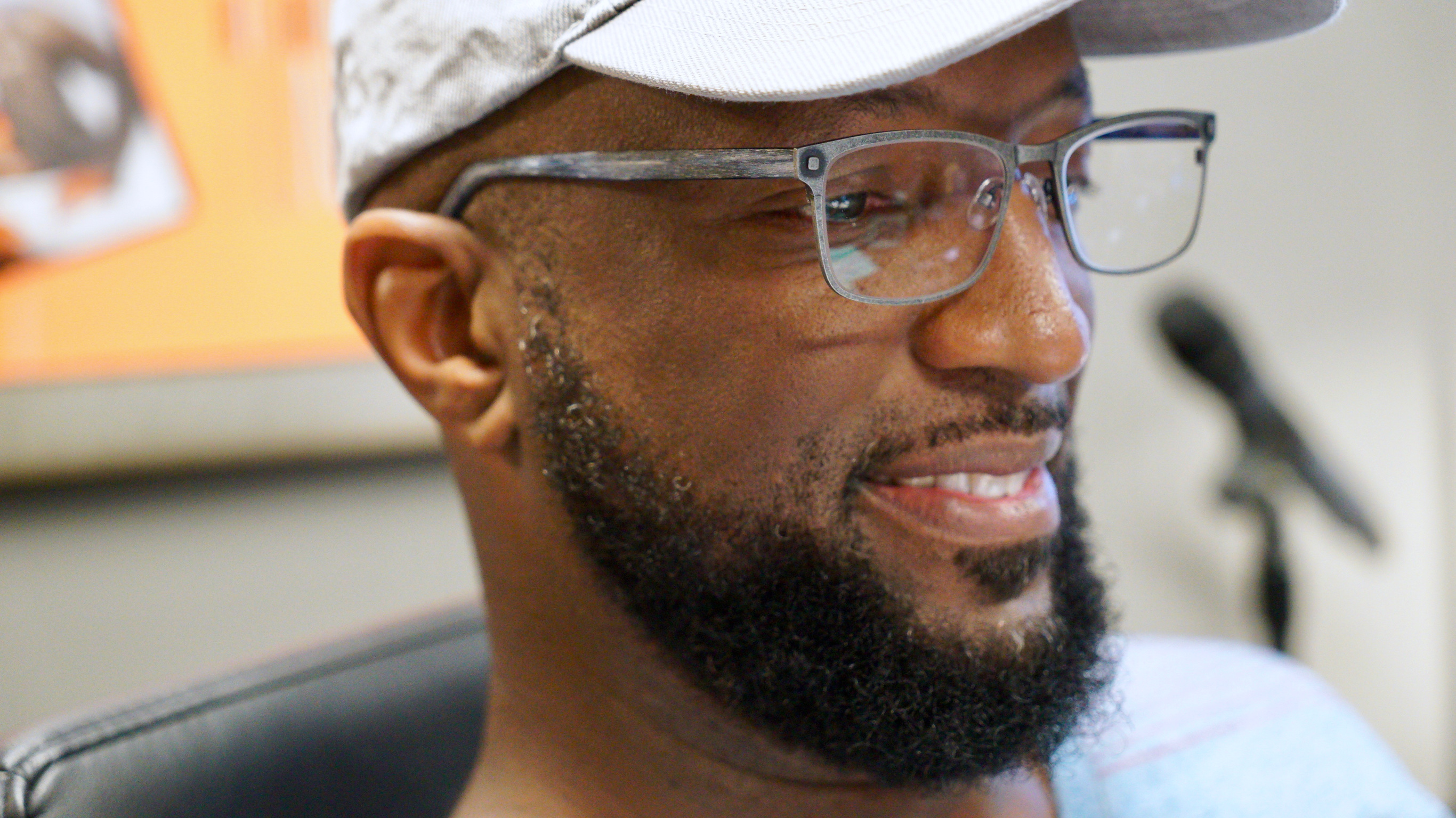 4f8dc22c3f Rickey Smiley Dishes on Wearing Glasses